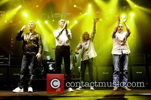 Rick Parfitt, Francis Rossi, Alan Lancaster, Matt Letley and Status Quo