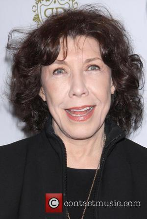 Lily Tomlin Slams Beyonce For 'Selling Sex To Teeny-boppers'