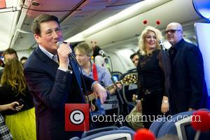 Tony Hadley And Kim Wilde Set New World Record
