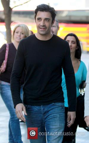 Gilles Marini - Celebrities arrive at the Staples Center to watch the Los Angeles Lakers vs. Chicago Bulls basketball game....