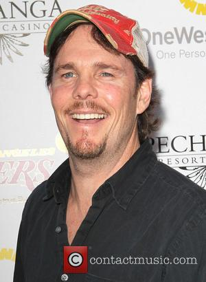 Kevin Dillon - Lakers casino night fundraiser benefiting the Lakers Youth Foundation at Club Nokia - Arrivals - Los Angeles,...