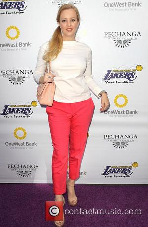 Wendi McLendon-Covey - Lakers casino night fundraiser benefiting the Lakers Youth Foundation at Club Nokia - Arrivals - Los Angeles,...