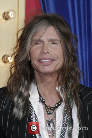 Steven Tyler Wants To Warm Hearts With Boston Benefit Show
