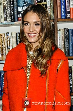 Jessica Alba - Jessica Alba signs copies of her book 'The Honest Life: Living Naturally and True to You' -...