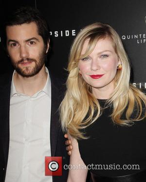 Jim Sturgess and Kirsten Dunst