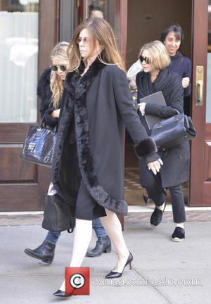 Mary-Kate Olsen and Ashley Olsen - Mary-Kate and Ashley Olsen seen departing their hotel in SoHo - New York City,...