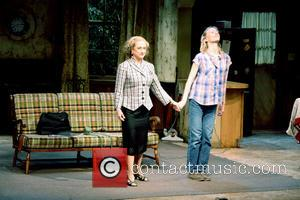 Carol Kane and Mickey Sumner