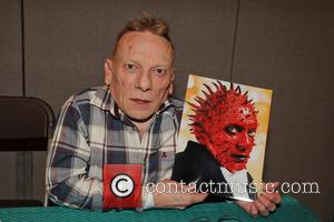 Jimmy Vee Replaces Kenny Baker As Star Wars' R2-D2