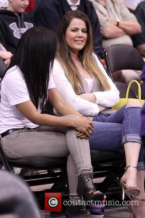 Kourtney Kardashian - Clippers Knicks Celebs