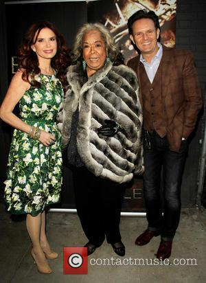 Roma Downey, Della Reese and Mark Burnett