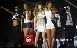 Cheryl Cole, Nadine Coyle, Nicola Roberts, Kimberley Walsh and Girls Aloud