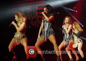 Kimberley Walsh, Cheryl Cole and Girls Aloud