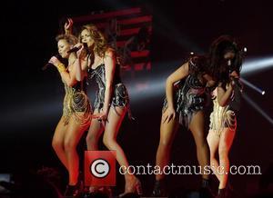 Kimberley Walsh, Nadine Coyle, Cheryl Cole and Girls Aloud
