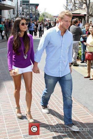 Sean Lowe and Catherine Guidici - Celebrities spotted at The Grove - Hollywood, California - Tuesday 19th March 2013