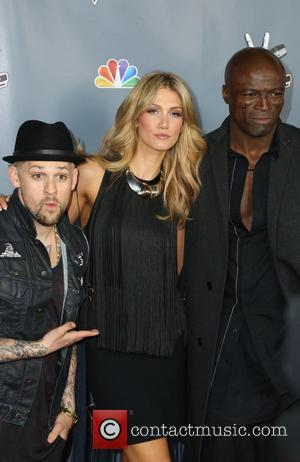 Joel Madden Takes Home Logie Award For The Voice