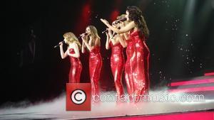 Kimberley Walsh, Nicola Roberts, Nadine Coyle, Cheryl Cole and Sarah Harding