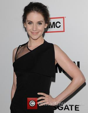 Alison Brie's Fears Over Nude Holiday Snaps