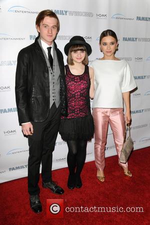 Eddie Hassell, Joey King and Olesya Rulin