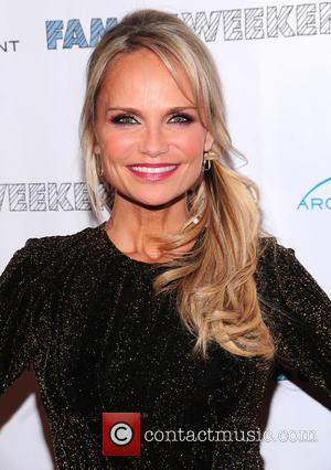 Kristin Chenoweth Raises Money For Charity By Eating Sea Urchin