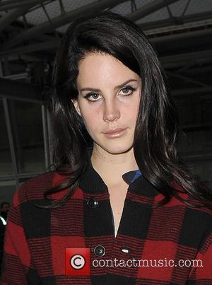 Lana Del Rey Confirms Split From Longtime Love Barrie-james O'neill