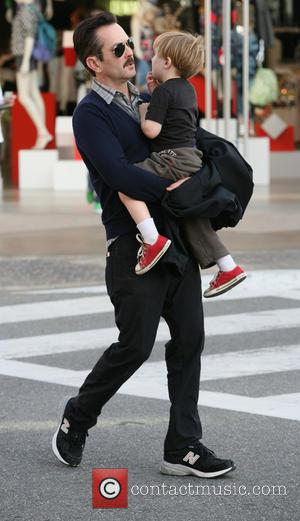 Thomas Lennon and son Oliver - Thomas Lennon and his son Oliver out and about in West Hollywood - Los...