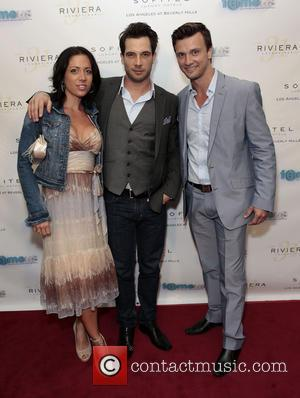Guests and Kent Speakman - The red carpet launch party for 'Fameus' Smart Phone App at Sofitel Hotel - Los...