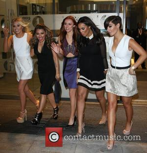 Mollie King, Vanessa White, Una Healy, Rochelle Humes, Rochelle Wiseman, Frankie Sandford and The Saturdays