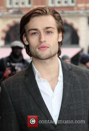 New Trailer Revealed For 'Romeo And Juliet', Starring Douglas Booth (Trailer & Pictures)