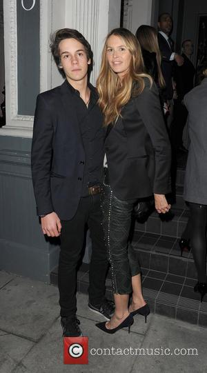 Elle Macpherson - Elle Macpherson with her son Arpad Busson, arrive at No.3 Cromwell Road - London, United Kingdom -...