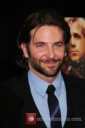 Bradley Cooper Helping Friends To Pay Off Debts