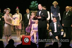 Jessie Mueller, Chris Sullivan and Cast