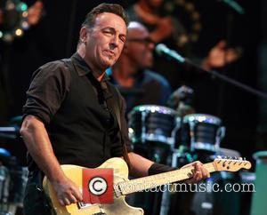 Bruce Springsteen Joins Dropkick Murphys On Charity Ep