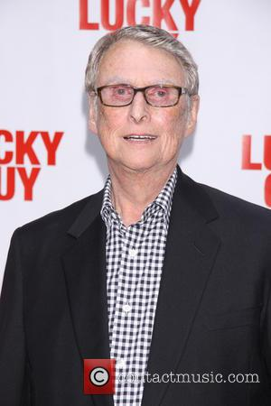 Mike Nichols - Premiere of 'Lucky Guy'