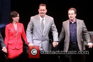 Maura Tierney, Tom Hanks and Peter Scolari