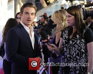Kevin Zegers To Wed