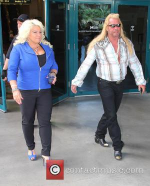 "Beth Chapman's Arrest Warrant For ""Coarse Language"" - Will Dog Claim The Bounty?"