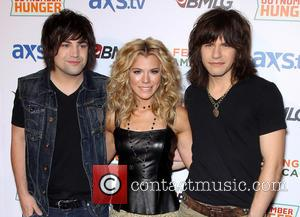 The Band Perry - ACM and BMLG Red Carpet for Out Number Hunger Live at The Orleans Hotel and Casino...