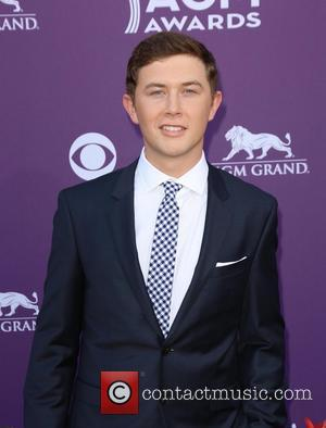 Scotty Mccreery Urges Teens To Fight Hunger And Start Food Drives