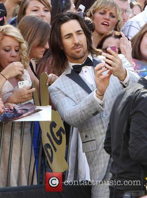Jake Owen - 48th Annual ACM Awards held at the MGM Grand Garden Arena inside MGM Grand - Outside Arrivals...