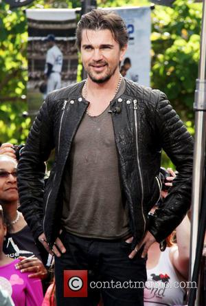 Juanes - Celebrities at The Grove to appear on entertainment news show 'Extra' - Los Angeles, California, United States -...