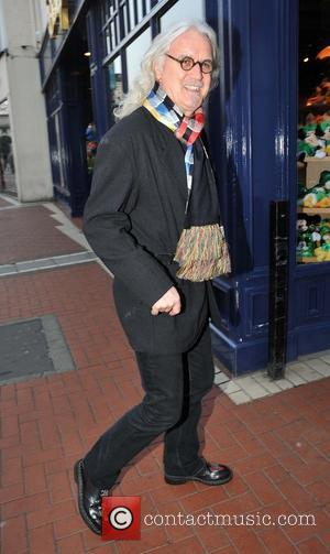 Billy Connolly - Comedian Billy Connolly arrives at the stage door of The Gaiety Theatre ahead of his first in...