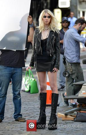 Taylor Momsen - Taylor Momsen films a  music video with Japanese pop star Tomomi Itano in SoHo - New...