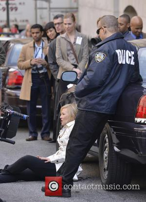 Ice-T and Kelli Giddish - Actors seen on the set of 'Law and Order: SVU' in lower Manhattan - New...