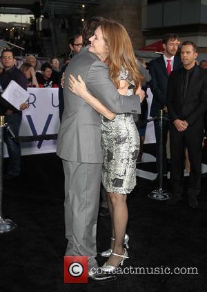 Tom Cruise and Melissa Leo