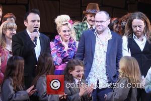 Lauren Ward, Lesli Margherita, Tim Minchin and Cast Of Matilda