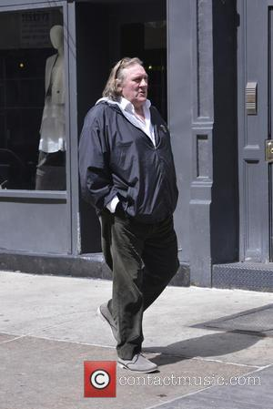 Gerard Depardieu - Gerard Depardieu and daughter Roxanne Depardieu go out for a stroll in Tribeca - New York, New...