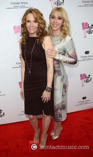 Lea Thompson and Madelyn Deutch