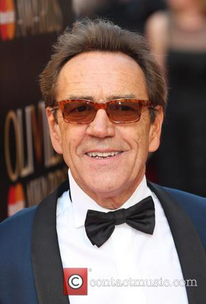 Robert Lindsay - The Laurence Olivier Awards 2014 held at the Royal Opera House - Arrivals - London, United Kingdom...