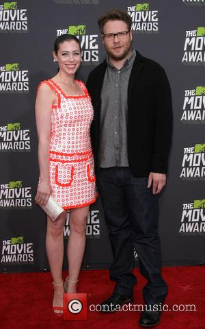 Seth Rogen and Lauren Miller - 2013 MTV Movie Awards held at Sony Pictures Studios- Arrivals - Los Angeles, CA,...