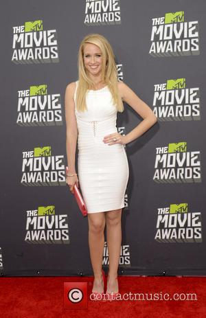 Anna Camp - 2013 MTV Movie Awards held at Sony Pictures Studios- Arrivals - Los Angeles, California, United States -...